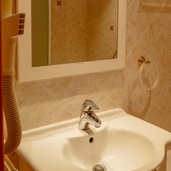 Le Janus - Salle de bain © lesoureou.fr